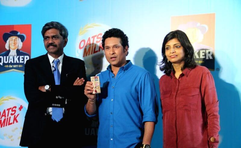 Milk and Pepsi together along with Sachin Tendulkar